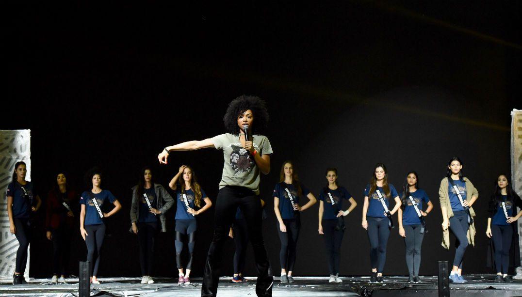 Misses chegam à capital carioca para reconhecimento do palco