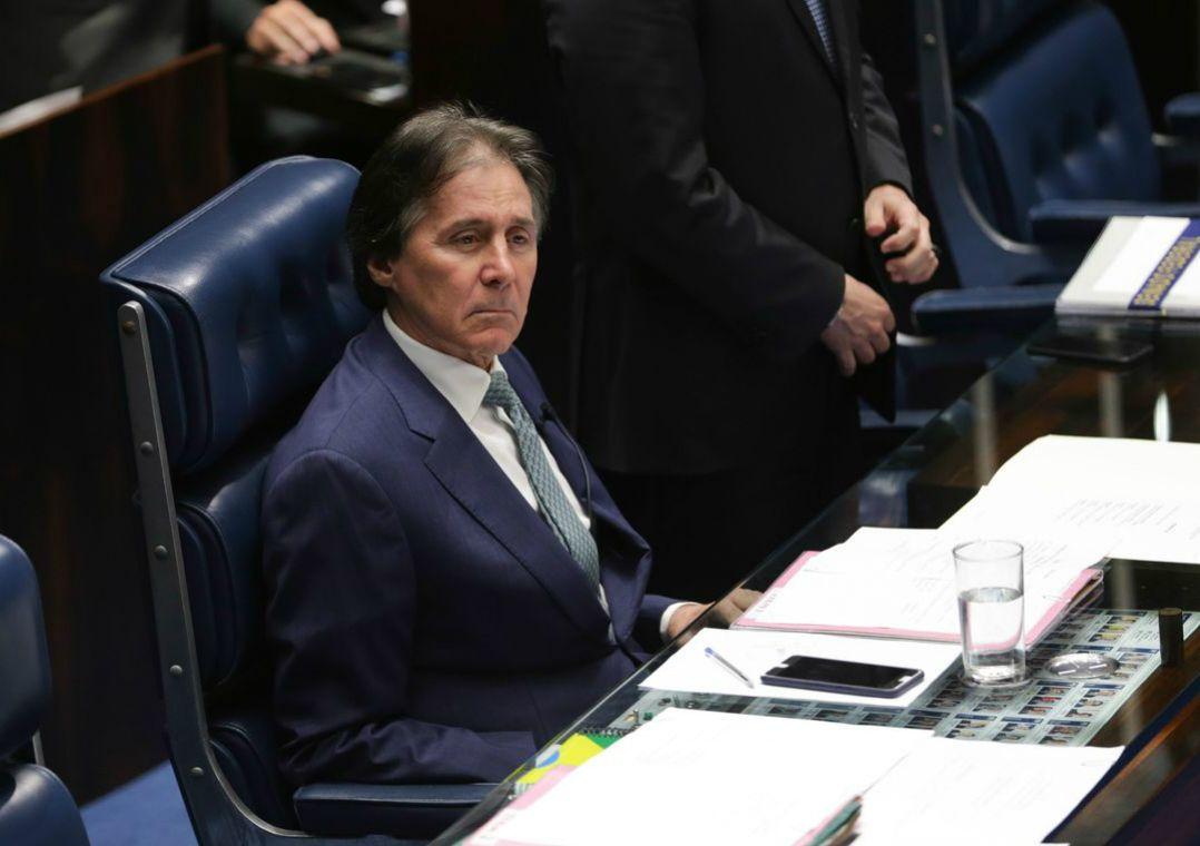 Eunício Oliveira suspende sessão que poderia votar Orçamento de 2019