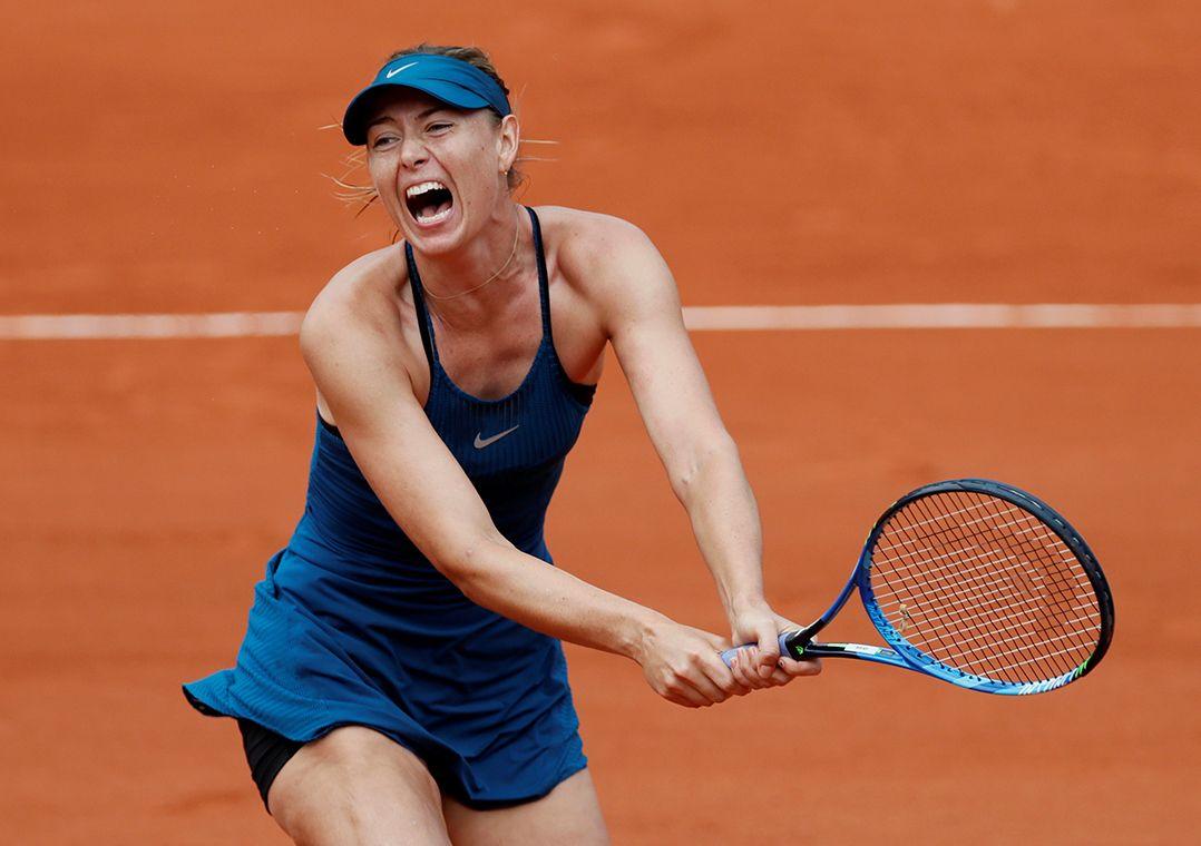Sharapova rebate críticas de Serena ao seu livro