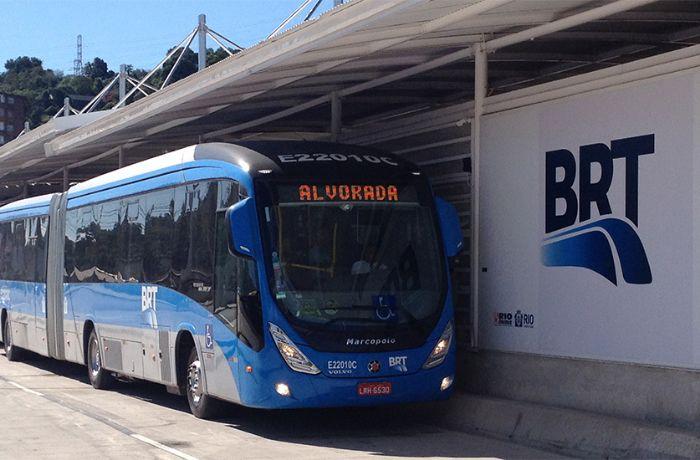 Rio começa a normalizar serviço de transportes