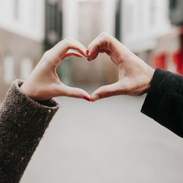 Casal comemorando o Dia dos Namorados / Divulgação