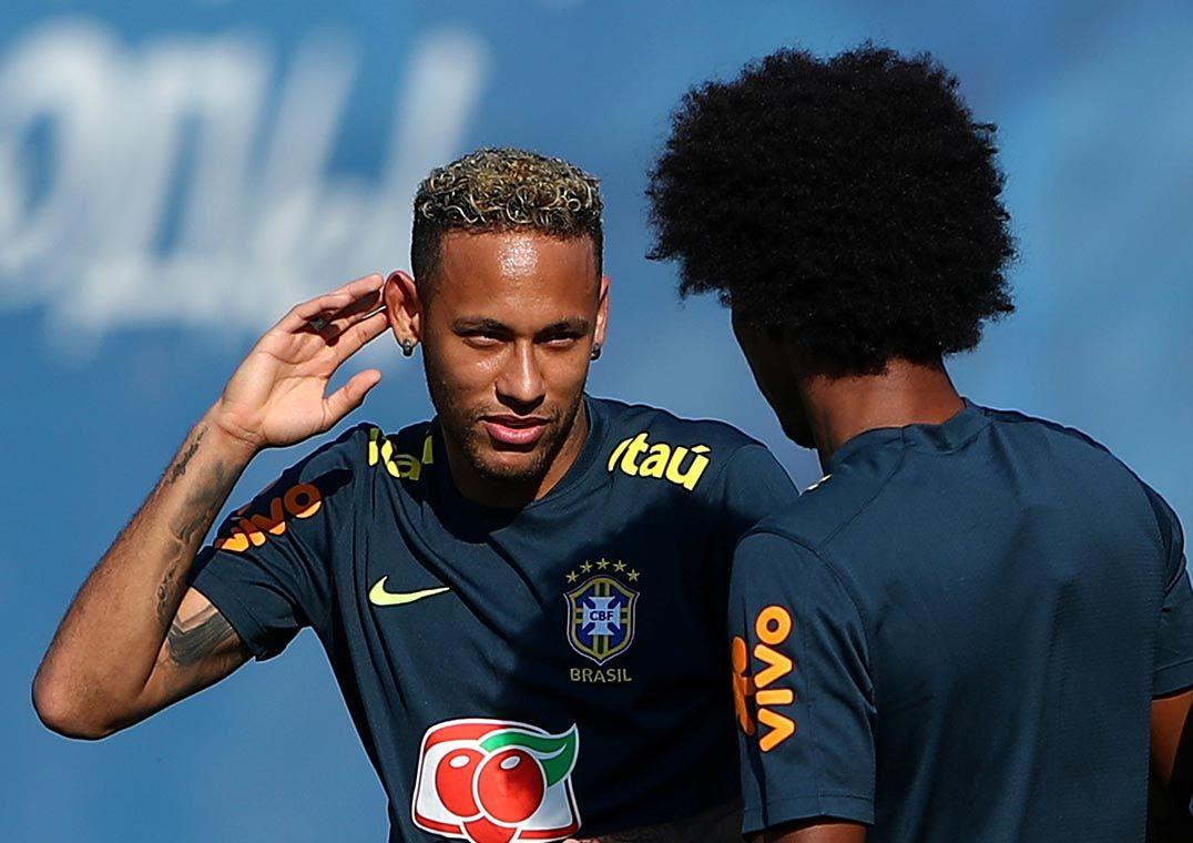 Pai defende Neymar e pede cuidado a parças nas redes socias