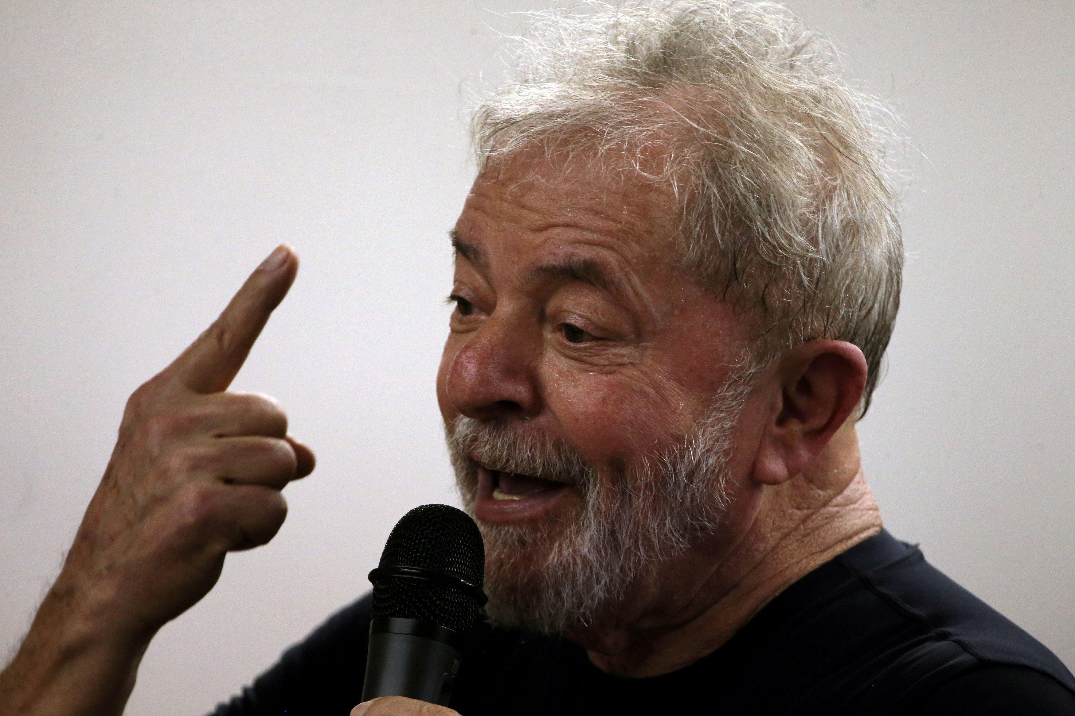 Moro não poderia adiar depoimento de Lula por causa das eleições