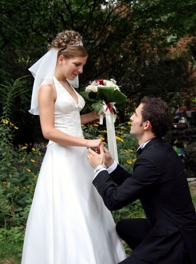 Para colunista, o fato de algumas pessoas se casarem várias vezes pode estar ligado a uma necessidade de se sentirem admiradas