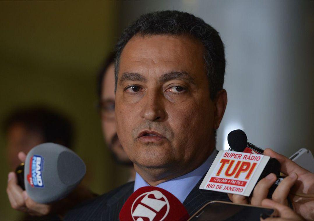 """""""É o pior momento da pandemia na Bahia"""", diz governador"""