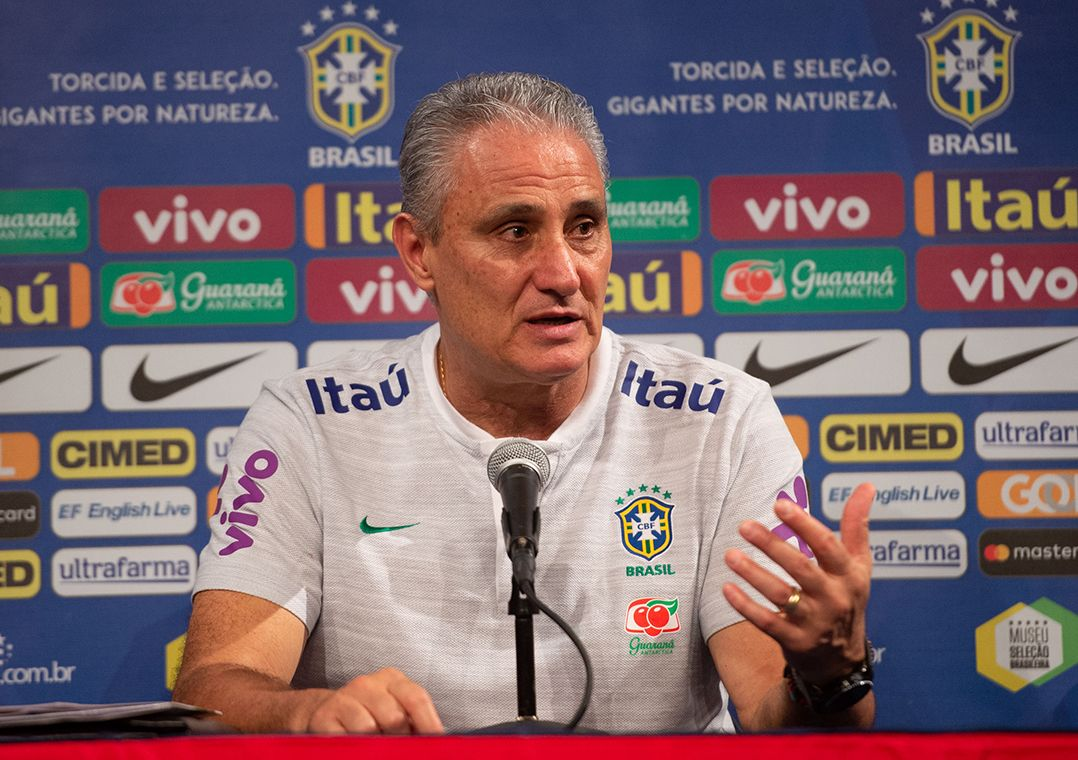 089fa367b7 Tite vai anunciar nova lista de convocados no dia 21 de setembro (Foto   Pedro Martins MoWA Press)