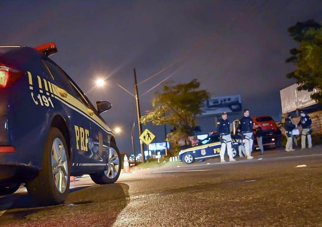 PRF faz blitz educativa na Semana Nacional do Trânsito