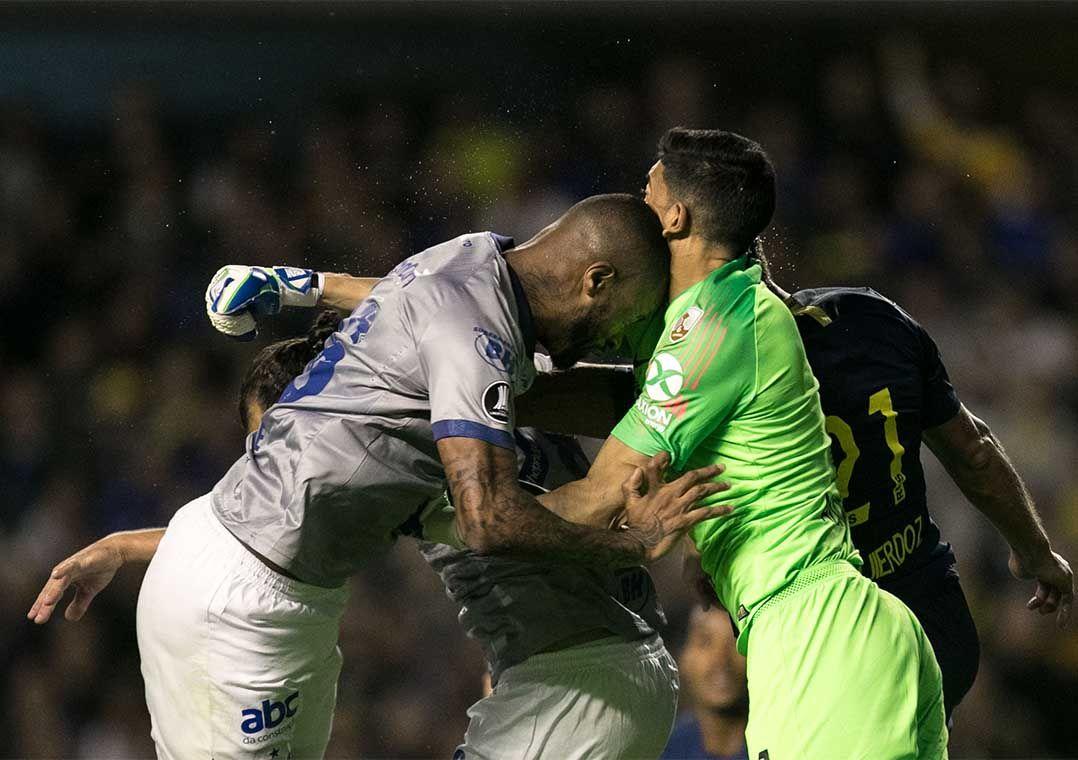 Conmebol afirma já estar analisando arbitragem de Boca x Cruzeiro
