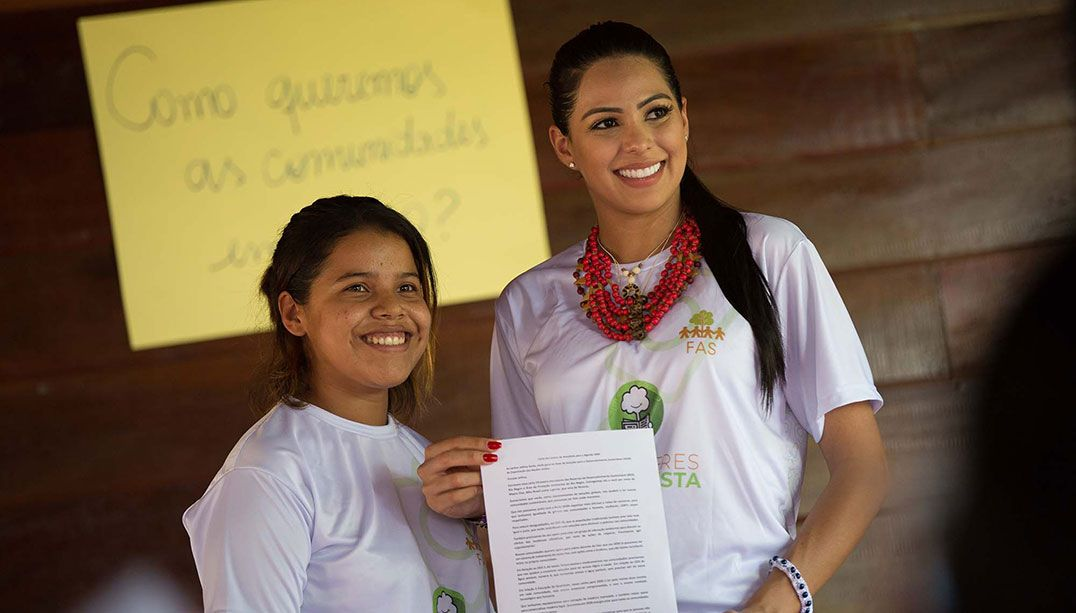 Miss Brasil Be Emotion Mayra Dias participa da Semana do Clima em NY