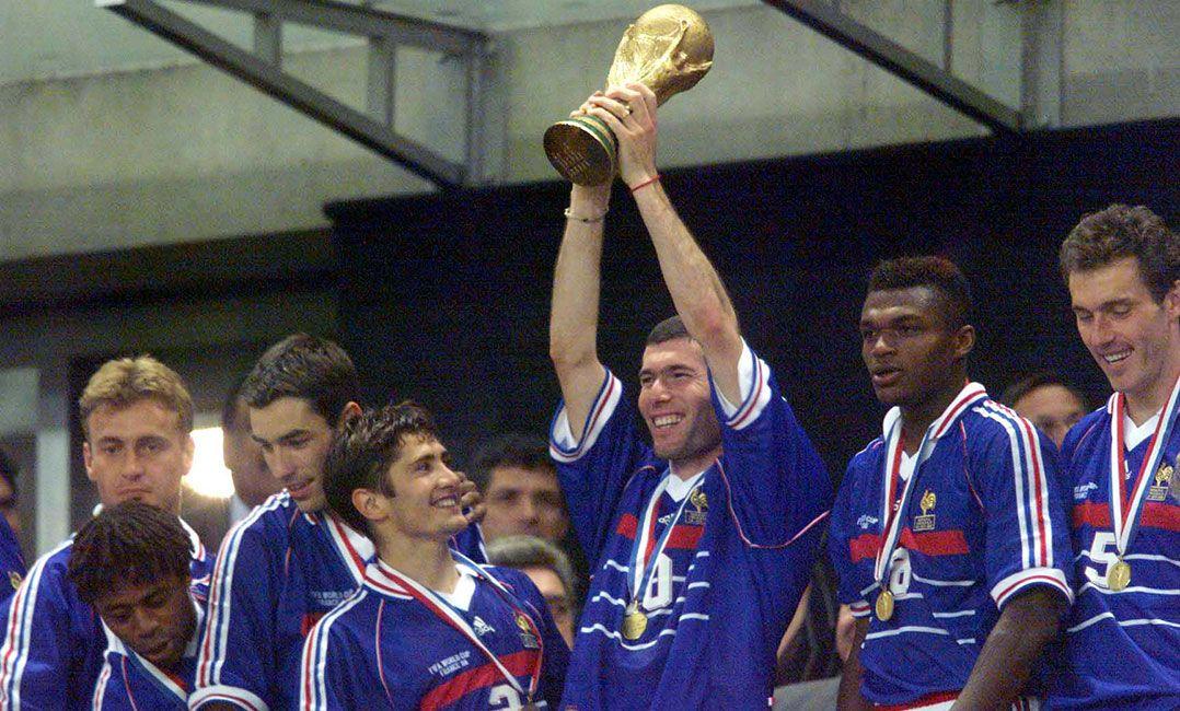 Zidane foi um dos principais jogadores da decisão de 1998 (Foto  Fábio M.  Salles Estadão Conteúdo) 52e7e953353ed