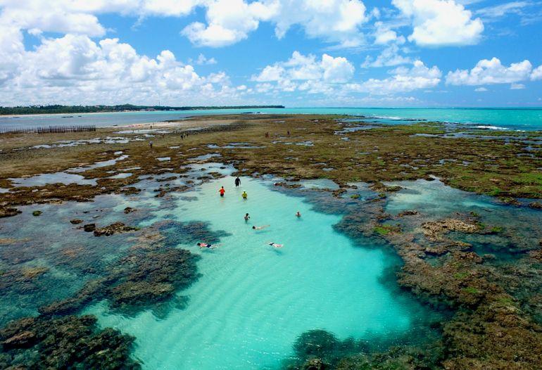 A importância dos recifes de corais e dos rios