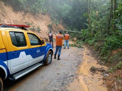 Defesa Civil de Ilhabela orienta sobre início da estação de chuvas