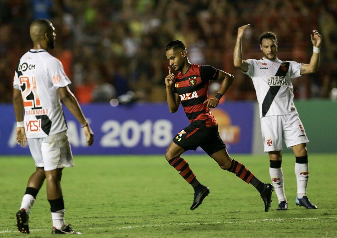 Vasco perde do Sport e segue perto da zona de rebaixamento