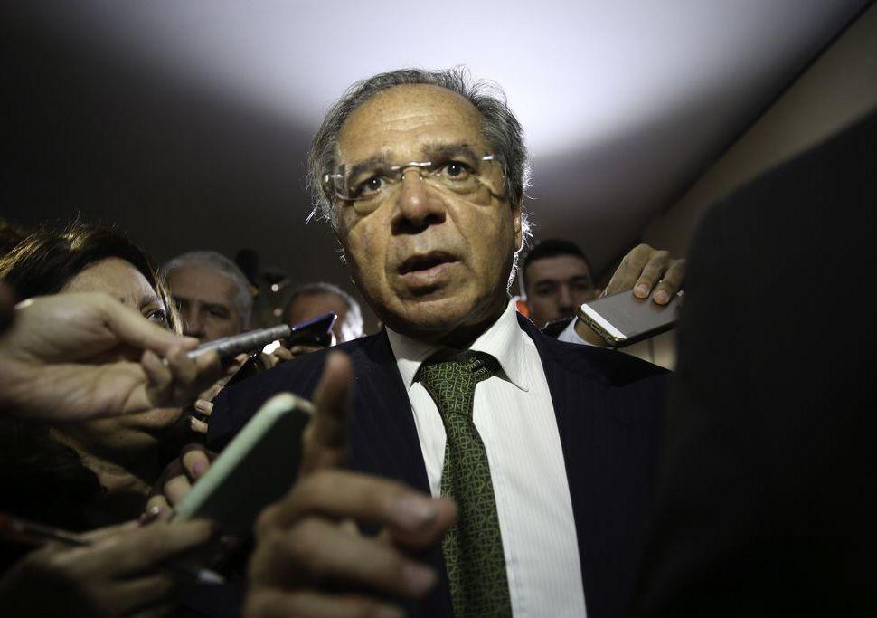Quatro secretários do Ministério da Economia pedem demissão