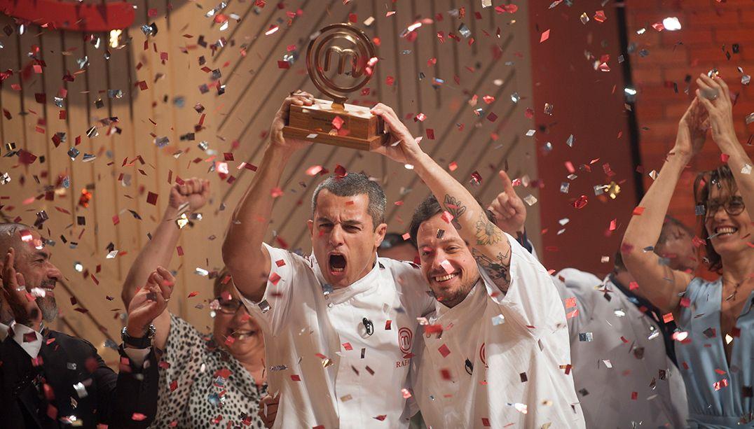 Rafael Gomes vence o MasterChef Profissionais; reveja a final