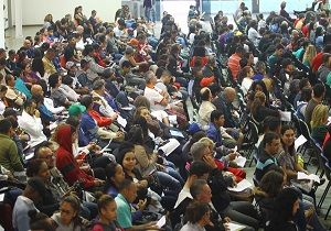 Famílias assinam contrato Minha Casa, Minha Vida, em São José