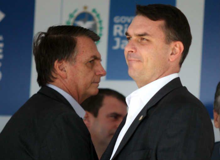 Em vídeo para comentar notícias, Bolsonaro ignora Coaf