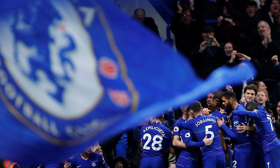 Uefa investigará supostos cânticos antissemitas da torcida do Chelsea