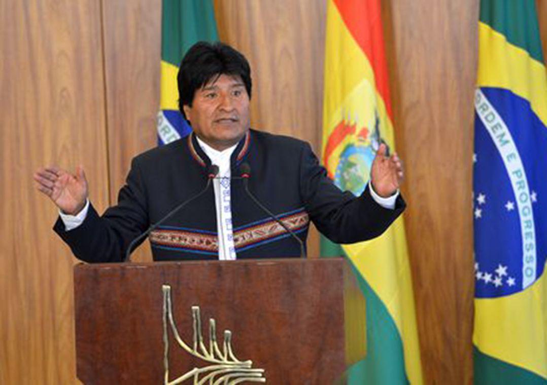 Morales quer incluir Bolívia entre candidatos a sede da Copa de 2030