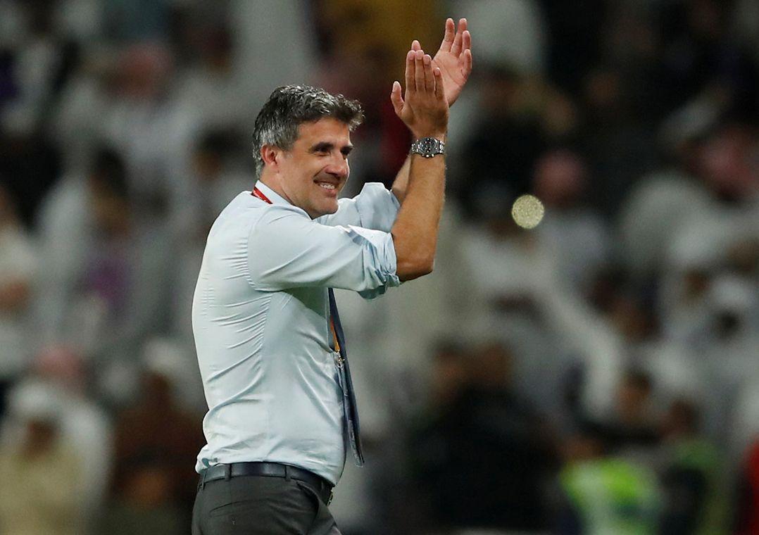 Técnico do Al Ain celebra classificação: Tudo é possível no futebol