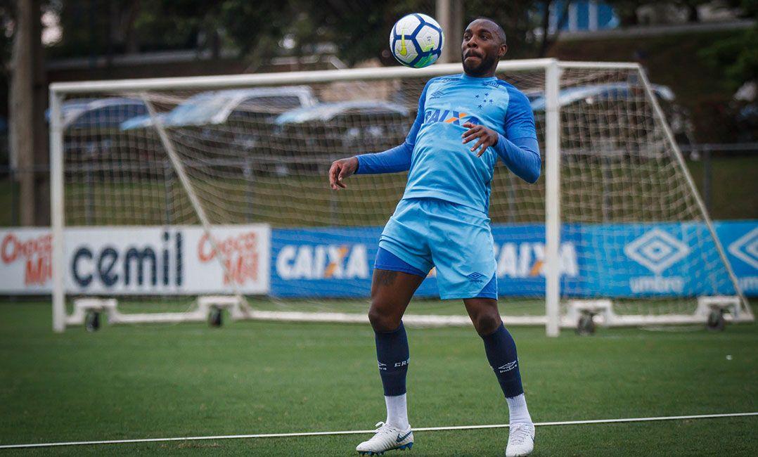 9cef32d51b Manoel pode trocar o Cruzeiro pelo Corinthians (Foto  Vinnicius  Silva Cruzeiro)