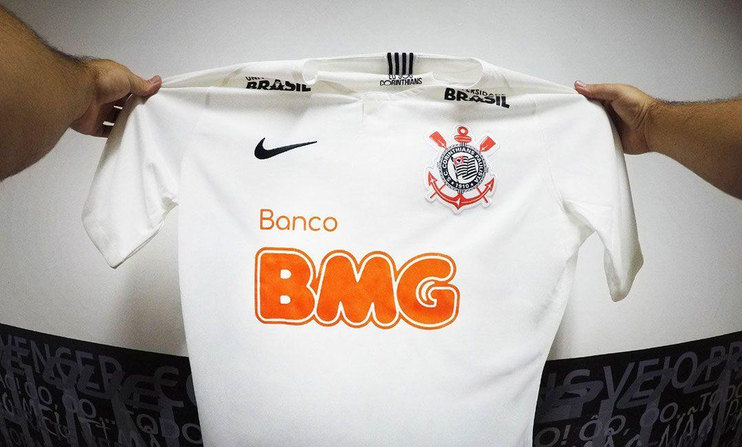 Corinthians fechou acordo de patrocínio com o BMG (Foto  Divulgação) 058f98e37df20