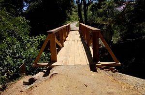 Obra de recuperação de passarela é concluída em São José dos Campos
