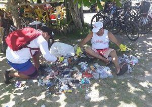 Mutirão recolhe mais de 130 kg de resíduos em Ubatuba