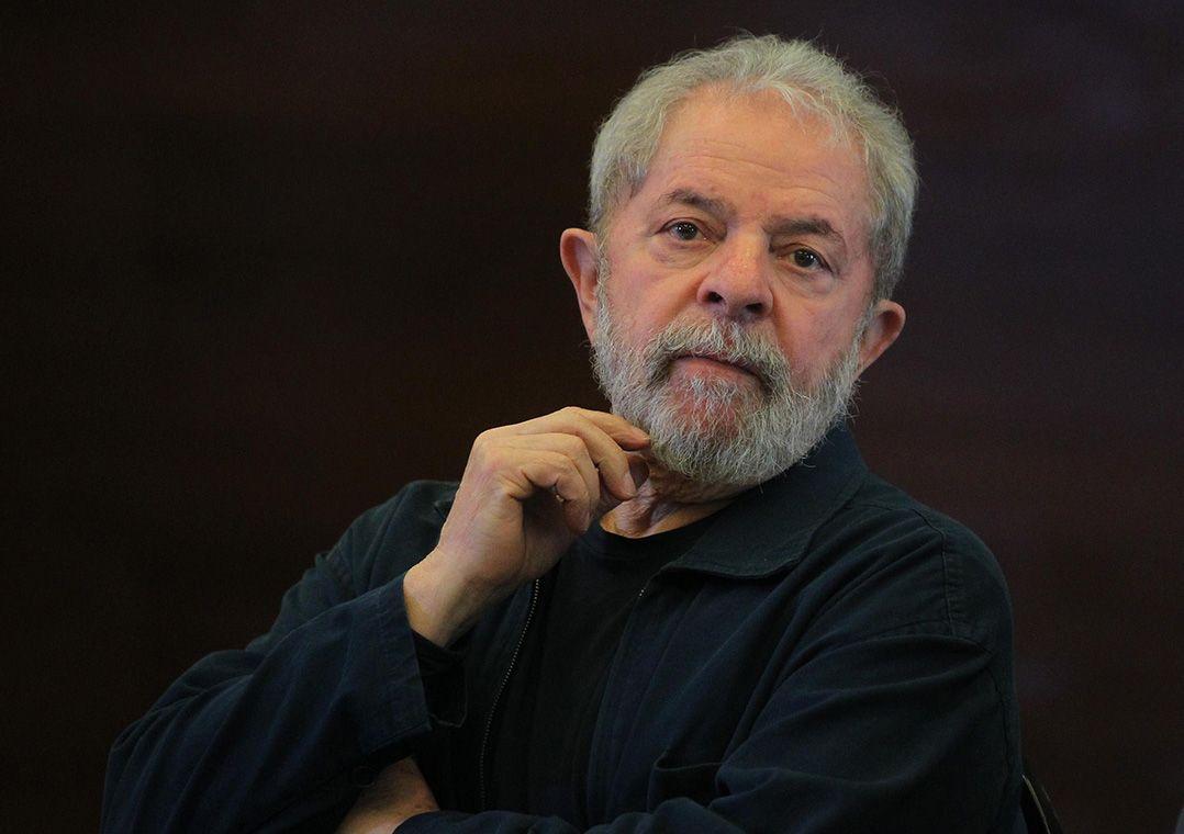 Processo de Lula no caso do tríplex chega à Justiça em Brasília