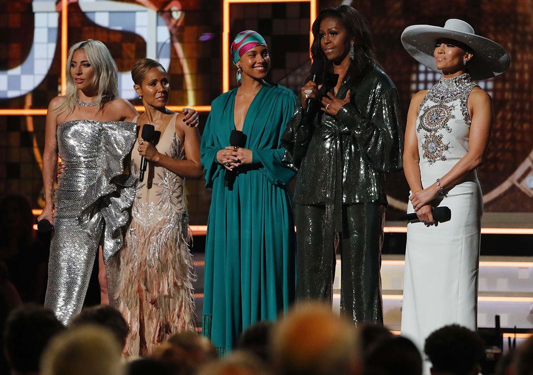 149ea1e2a Lady Gaga, Jennifer Lopez, Alicia Keys, Michelle Obama e Jada Pinkett Smith  Mike Blake/Reuters
