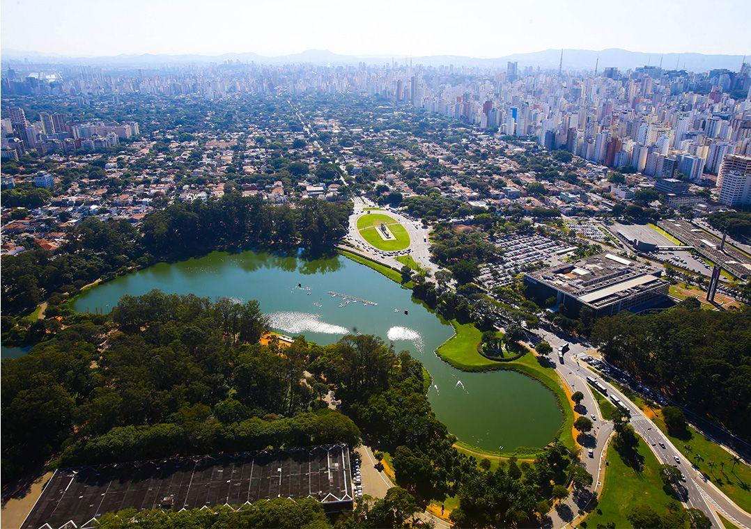 Vista aérea do Parque Ibirapuera, na zona sul de SP / Gabriela Biló/Estadão Conteúdo