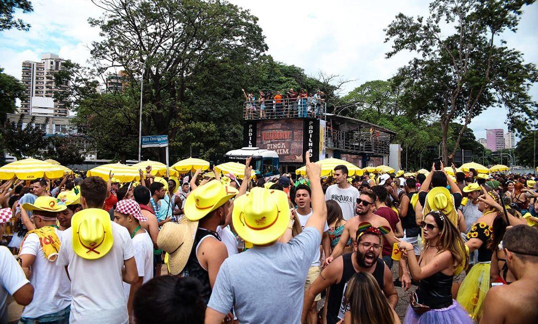 Sérgio de Sá Leitão prevê que Carnaval continue movimentando economia