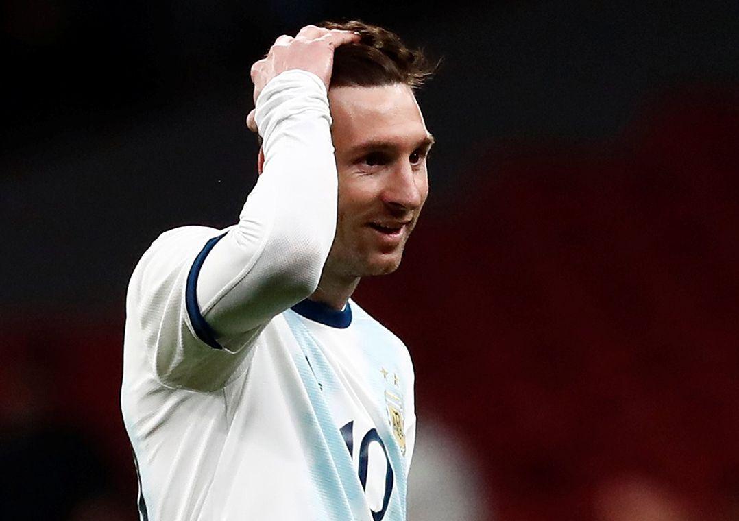 Messi sente dores no púbis e desfalca a Argentina diante do Marrocos