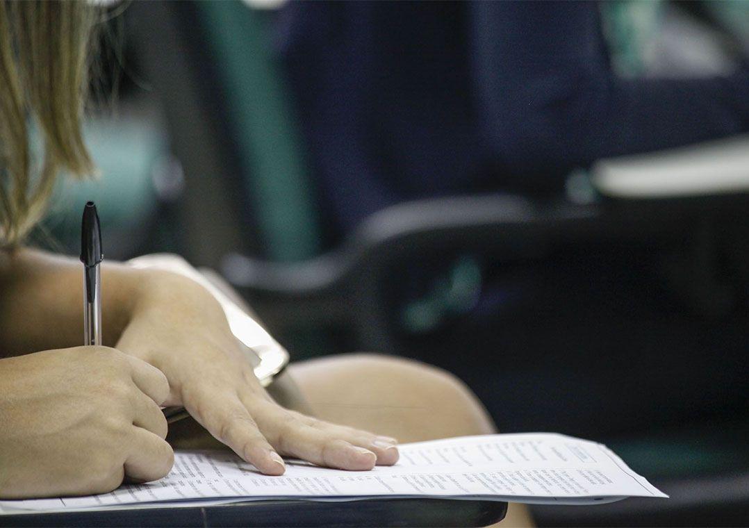 Governo de São Paulo amplia decreto que suspende concursos públicos