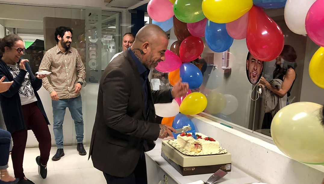 Henrique Fogaça celebra aniversário com a produção do MasterChef Brasil