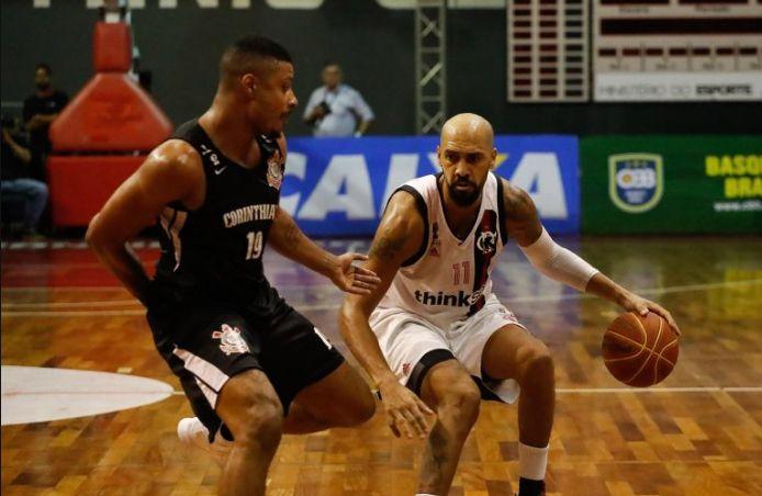 Flamengo vence o segundo confronto