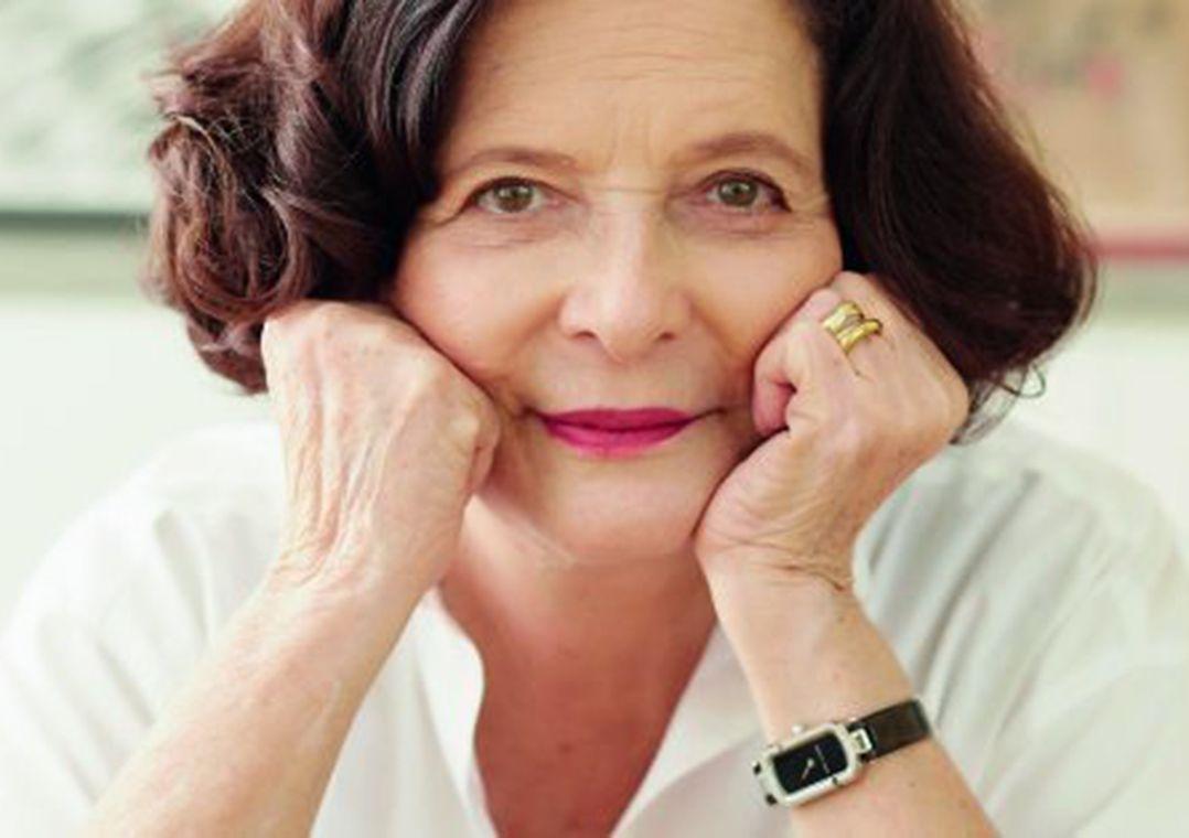 Perto dos 80, Heloisa Buarque de Hollanda lança obras sobre feminismo