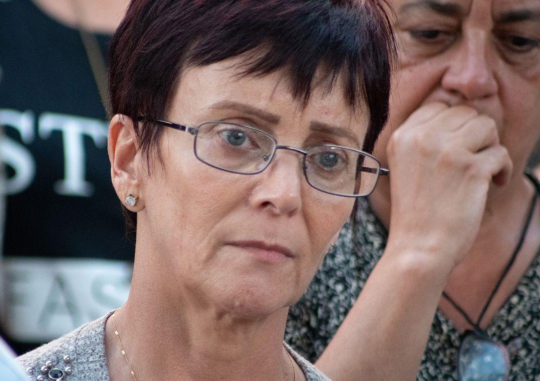 6298a0df5 'O certo era seguir o desfile', diz mãe de modelo da SPFW que morreu. '
