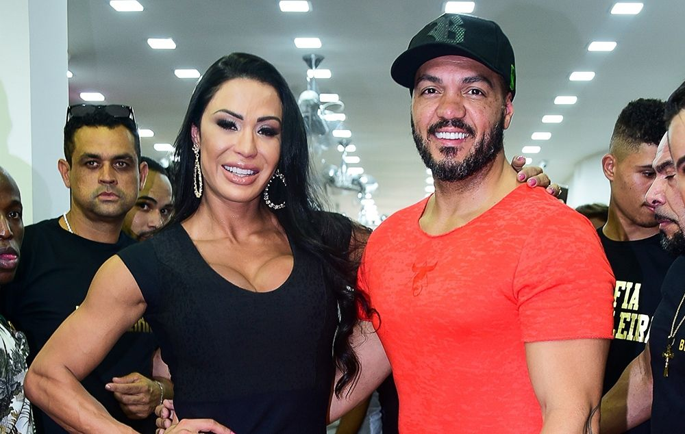 Gracyanne Barbosa e Belo em São Paulo