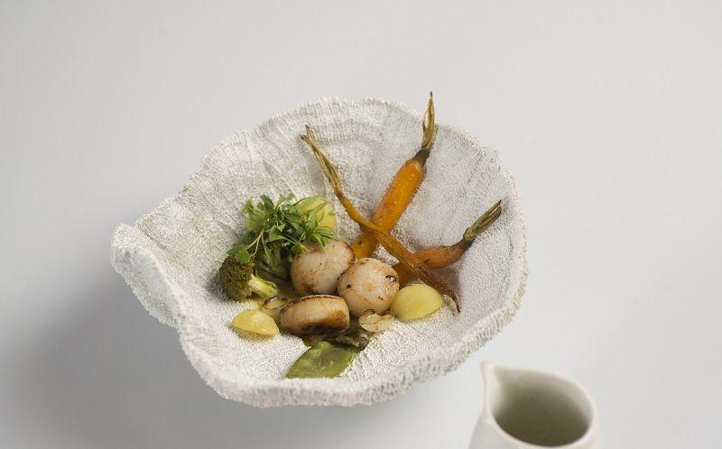 Vieras, batata e cenoura ao molho de legumes com gengibre