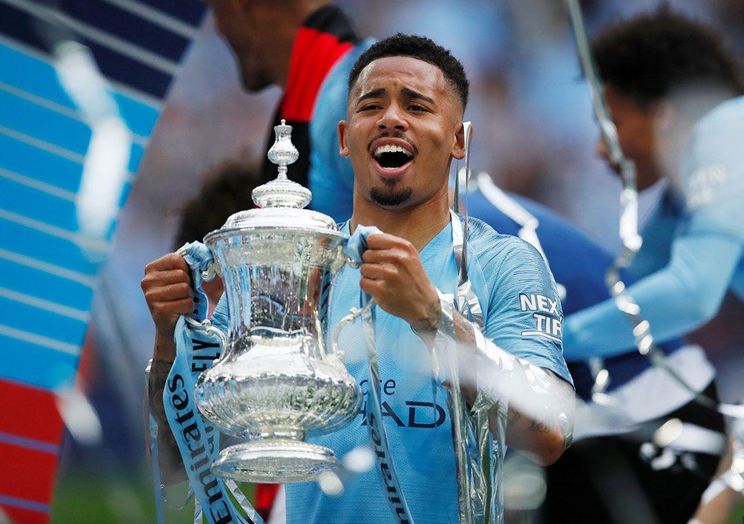 City goleia, é campeão da Copa da Inglaterra e conquista inédita