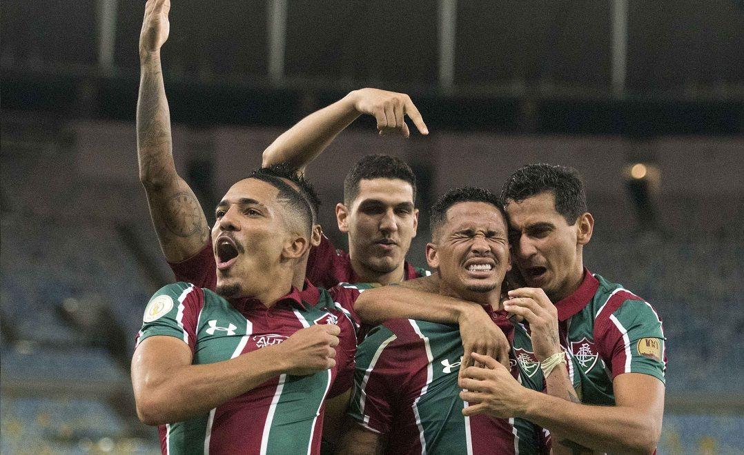 Flu goleia no Maracanã e Cruzeiro sofre a 3ª derrota em quatro jogos