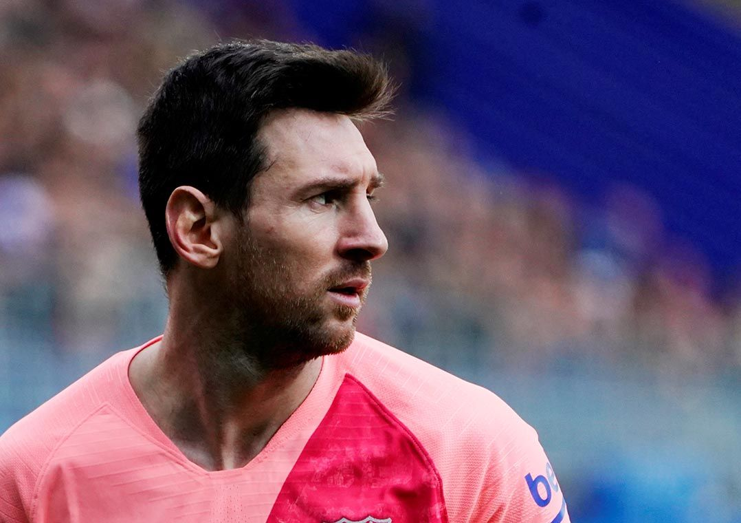 Messi faz 2, mas Barcelona empata com o Eibar em despedida do Espanhol