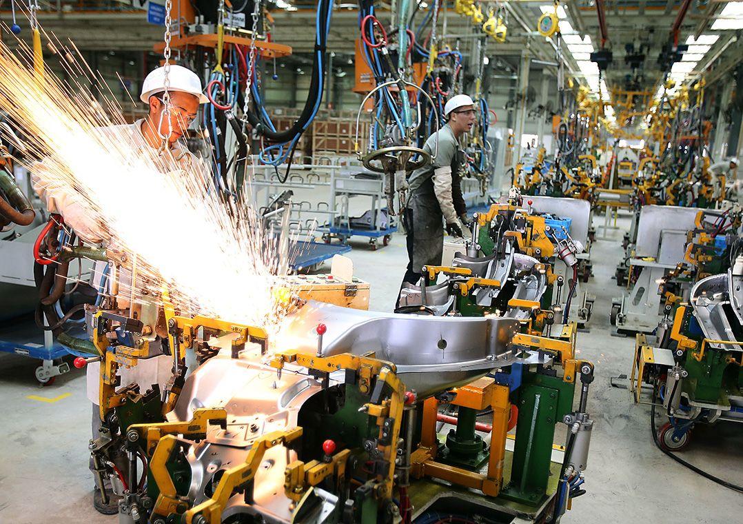 Produção industrial cresce 3,2% em agosto, afirma IBGE