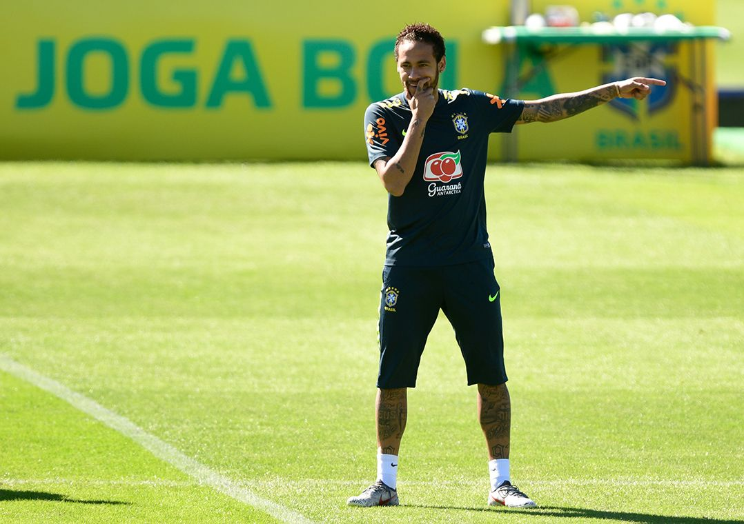 Neymar antecipa apresentação e admite que pressão será grande