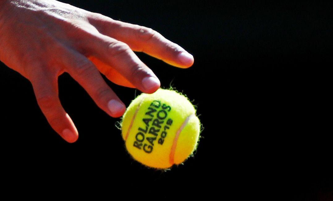 Campeão de Roland Garros pode 'comprar' dois Vagner Love ou 4 Ferraris