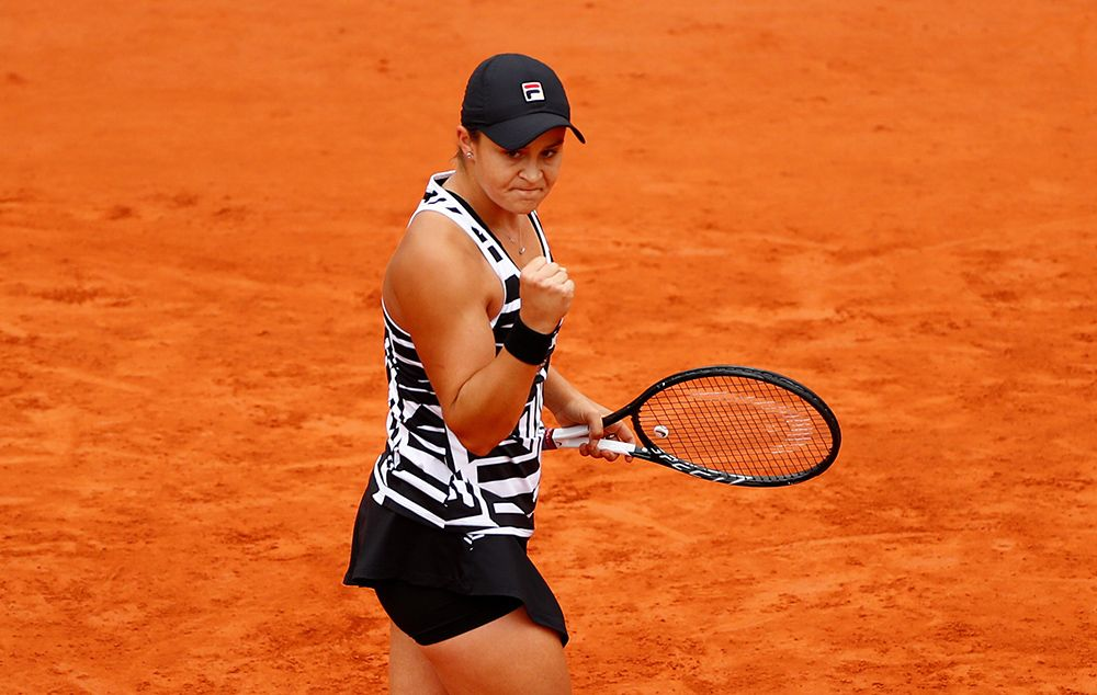Barty vence zebra de 17 anos e vai decidir título de Roland Garros