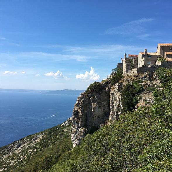 Conheça as 5 ilhas mais encantadoras da Croácia