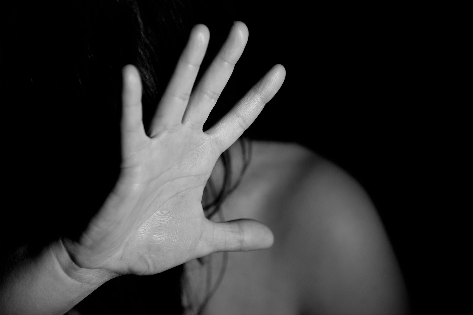 O rastro da violência contra mulheres