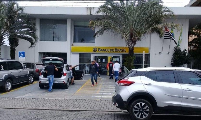 Quadrilha é detida suspeita de estelionato em São Sebastião